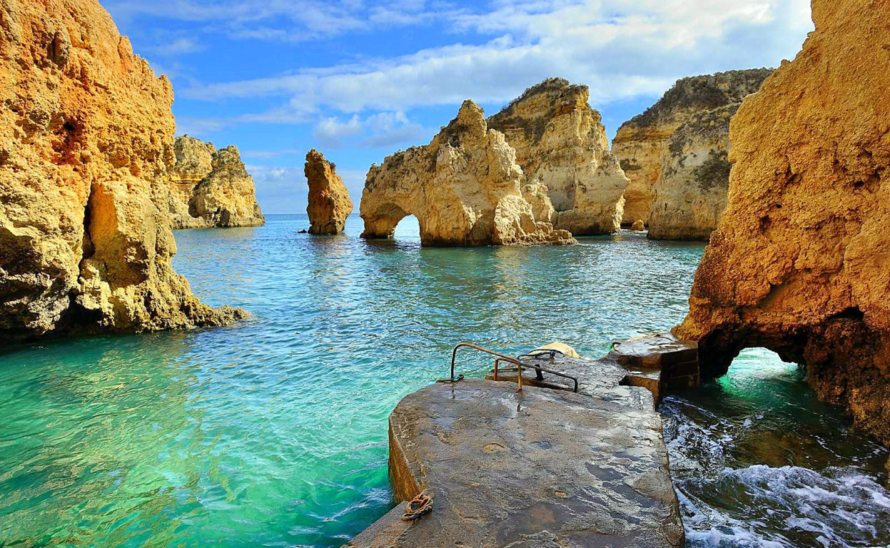 Top 5 Best Beaches in Algarve